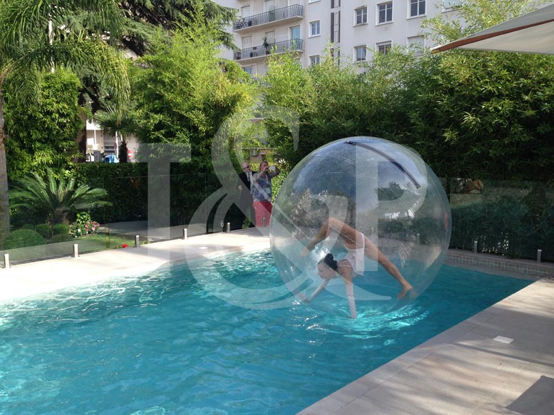 bubble contortionist, french riviera bubble, french riviera contortionist, french riviera contortion, french riviera bubble,